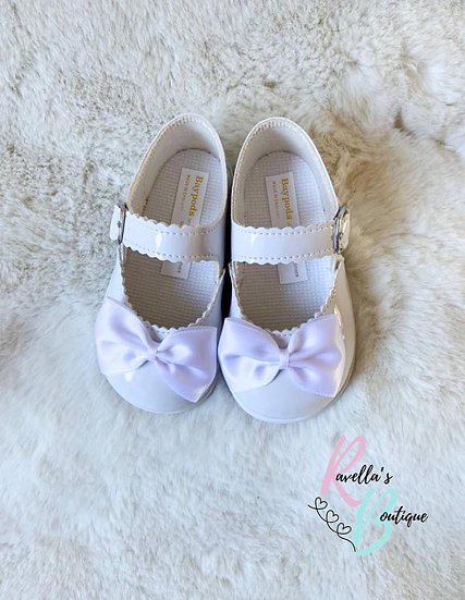 Girls walking shoes with bow (with soles) - white