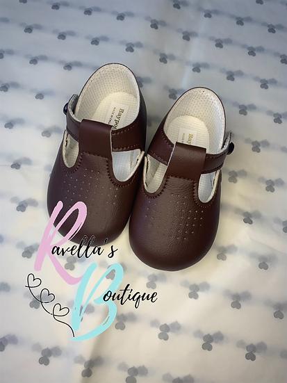 Brown baypod shoes size 2