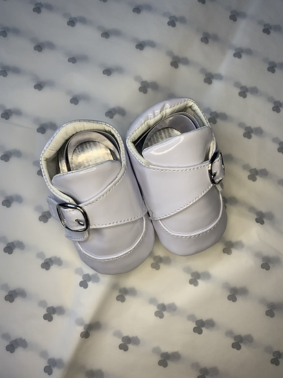 Buckle trainers pram shoes