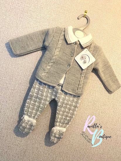 Knitted grey three piece long sleeve set