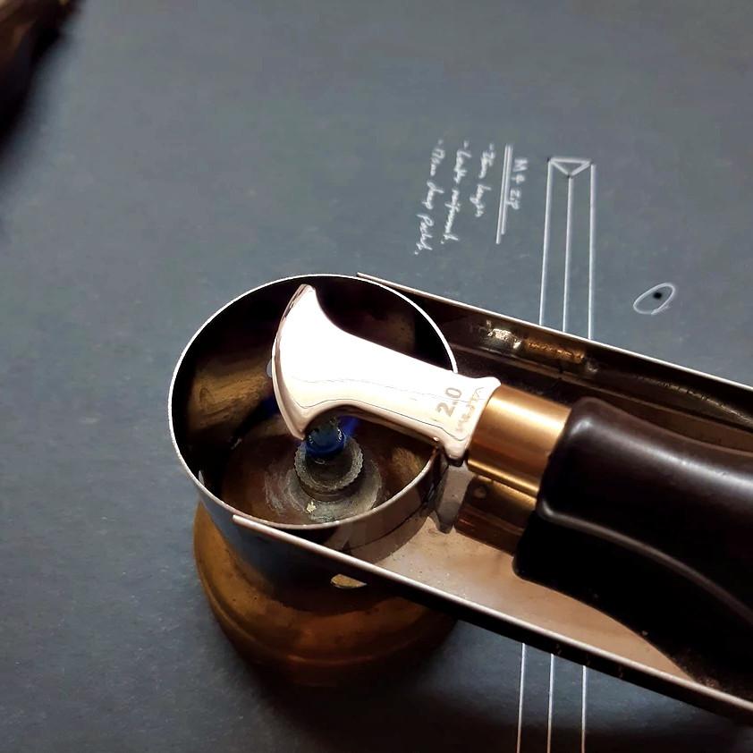 wuta leather edge creaser