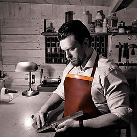 Online fine leathercraft courses