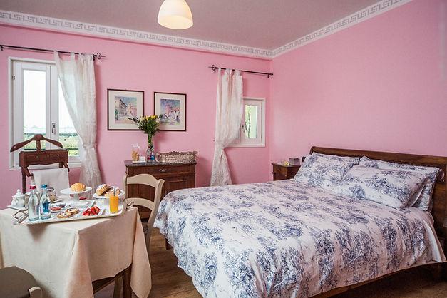 Camera rosa matrimoniale della locanda L'Artigliere