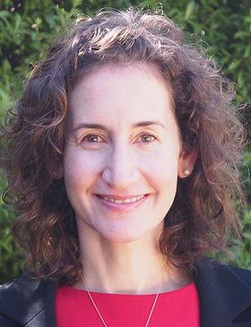 Janelle web photo -resized.JPG