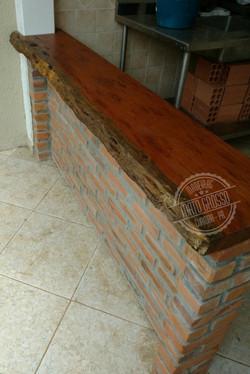 Cod.5560 - Bancada churrasqueira - Foto1 (1)