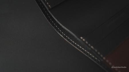 No.77 Bifold Stitch Detail