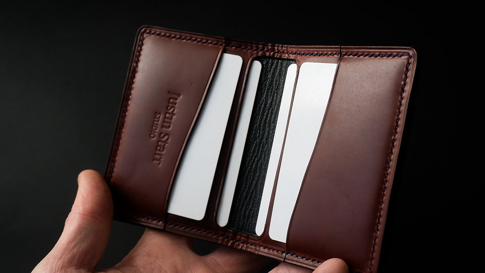 Bifold Wallet in Burgundy Heritage