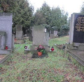 Hrob Emila Horčíka (1).jpg