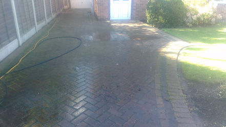 Driveway cleaning before - star jet wash