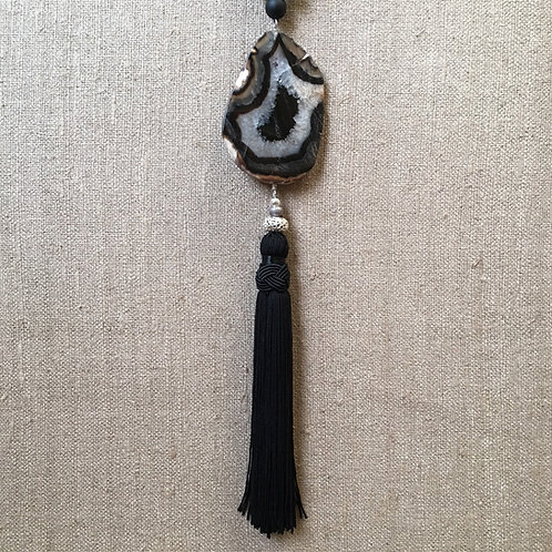 Agate and onyx tassel necklace