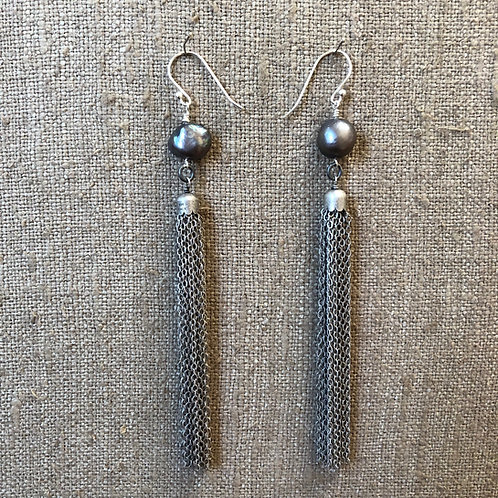 Gray pearl with tassel