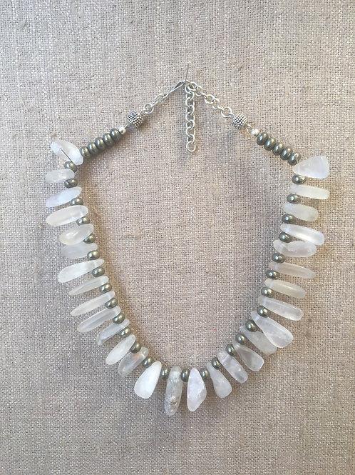 Matte quartz shards with pyrite