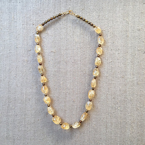 Citrine, pearls and 14K gold necklace