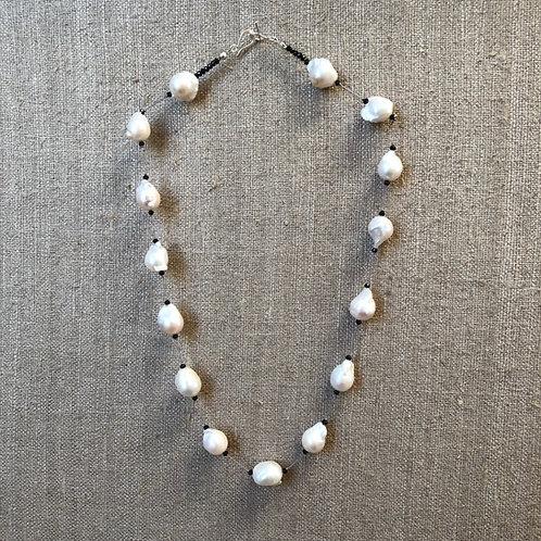 Baroque pearl spaced necklace
