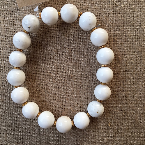 White agate and gold bracelet