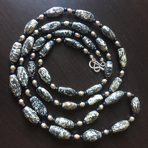 Antique African granite and onyx necklace