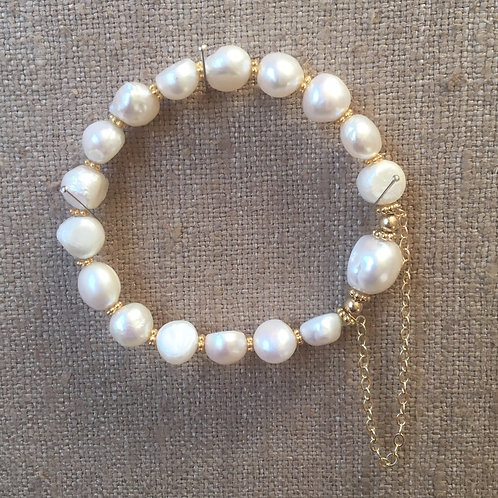 Baroque pearls with 14K gold chain