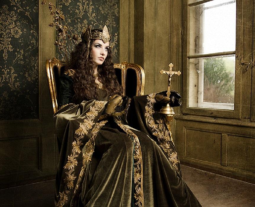 Medieval Fantasy Queen