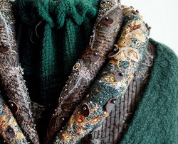 Catelyn Tully Collar Embroidery