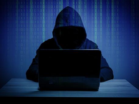 Quais riscos os softwares piratas podem trazer para sua empresa?