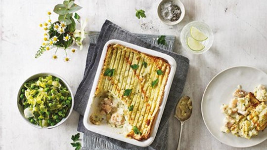 Cook Classic Fish Pie 4 Portion Ready Meal