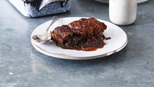 Cook Sticky Toffee Pudding 680g serves 6