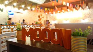 オレンジの月明かり、セブ島発祥のメキシコ料理店「MOOON CAFÉ(ムーンカフェ)」