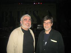 Con Ron Burke