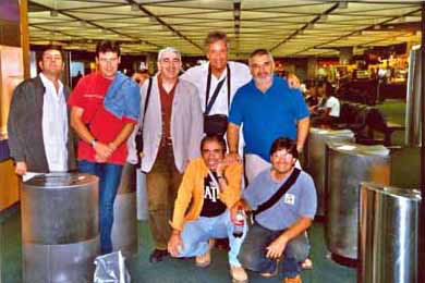 Con Abbey Road in Miami airport