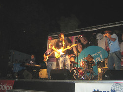 Con Suitcase Brothers