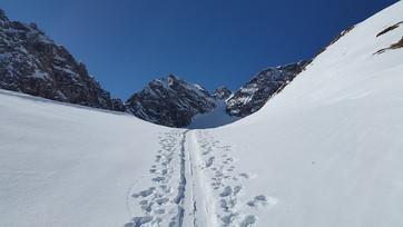 ski-track-672376_960_720.jpg