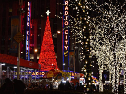 HOLIDAY TRADITIONS I WISH LA WOULD ADOPT FROM NEW YORK