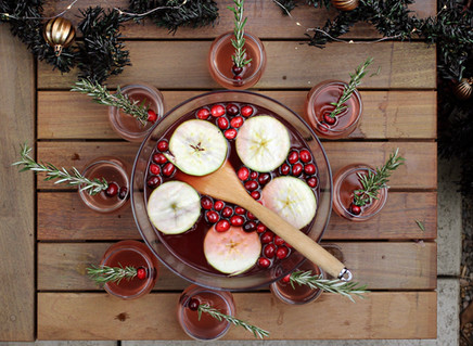 WHY A PARTY PUNCH BOWL IS ALWAYS A GOOD IDEA