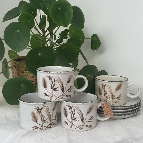 Midwinter coffee cup set x 4