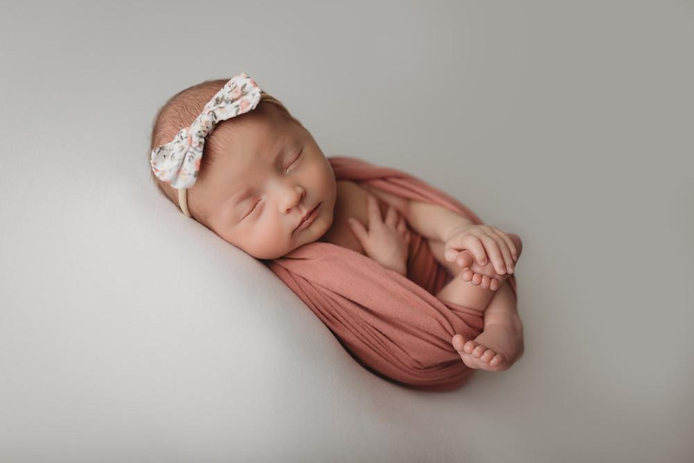 blue springs newborn photographer, liberty, mo photographer, kansas city newborn photographer, newborn photography, kansas city photographer, best newborn photographer