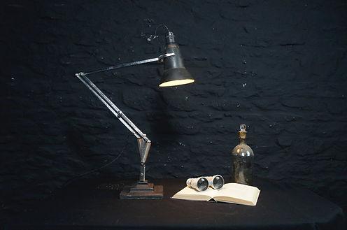 Lamp_edited.jpg