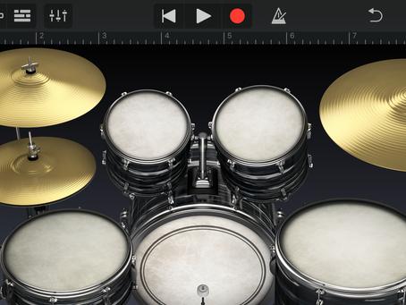 iPhoneアプリ「GarageBand」でドラム演奏♪