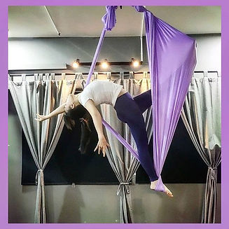 💟很适合空中瑜伽拍照的体式💟_:_:_:_:_#翘臀式 #空中瑜伽 #aer