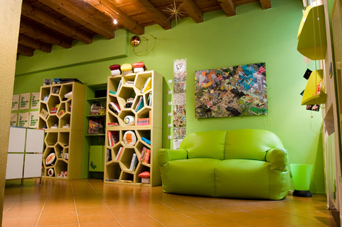 Tooimage - design studio and shop