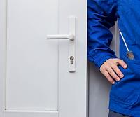 Срочный ремонт пластиковых и алюминиевых окон и дверей, регулировка окон в Оренбурге, замена стеклопакетов, быстрый ремонт окон, недорогой ремонт окон в оренбурге