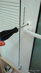 Замена ручки на пластиковом окне, как заменить ручку, как открутить ручк окна, сломалась ручка на окне, ремонт окна, оконная ручка, как снять ручку на пластиковом окне