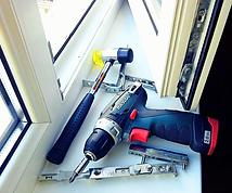 Ремонт окна, ремонт окон и дверей, регулировка окон и дверей в Оренбурге, продувают окна, замена уплотнения, замена резинки, замена фурнитуры окна, замена механизма на окне, балконная защёлка,