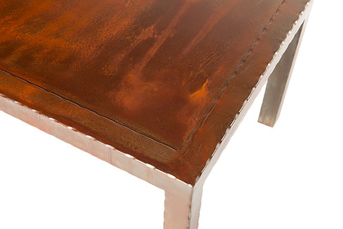 Sierra patina steel top with hammered steel frame