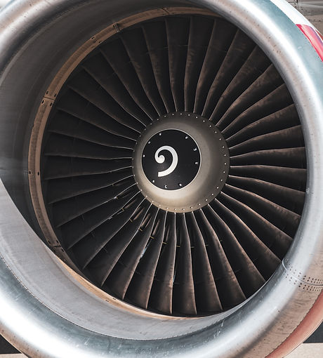 Boeing 777 engine_edited.jpg
