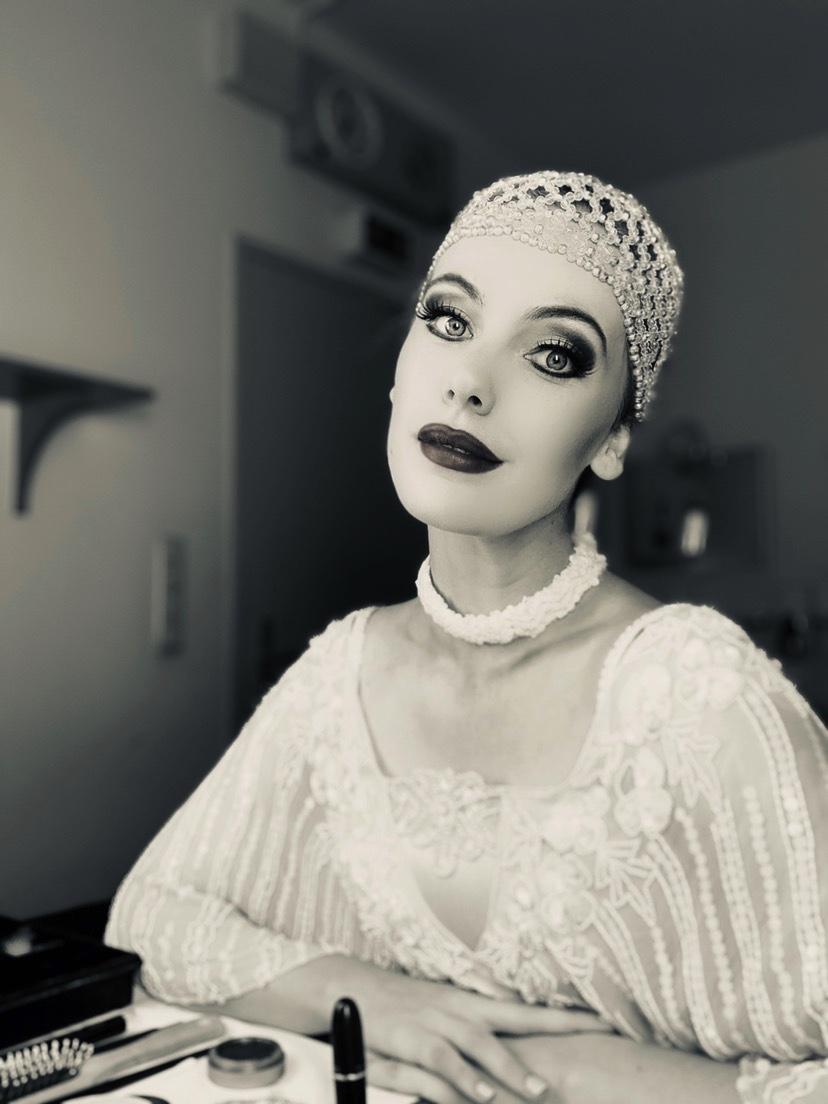 Flora La Traviata