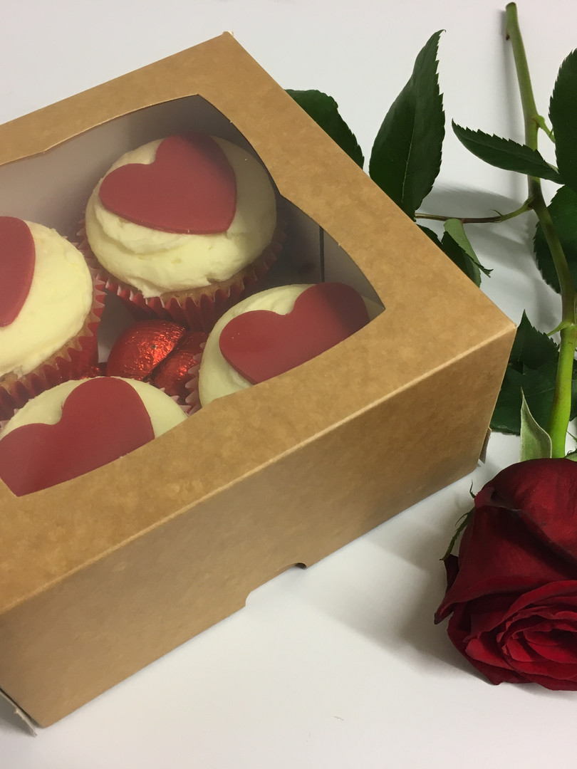 Valentines Cupcakes & A Rose