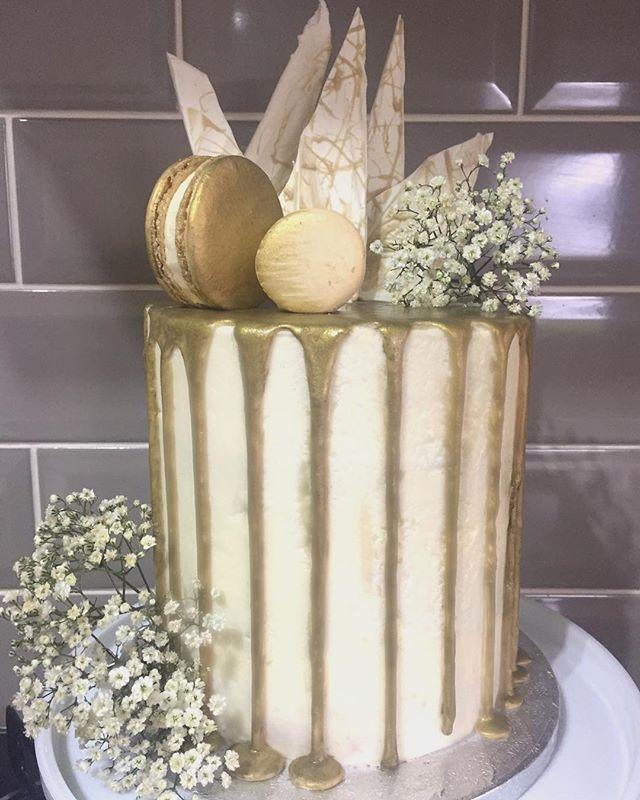 Gold Macaron Drip Cake