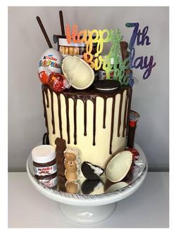 Chocolate Vanilla Drip Cake