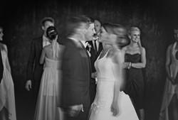 vestuviu fotografavimas svente vestuves jaunieji