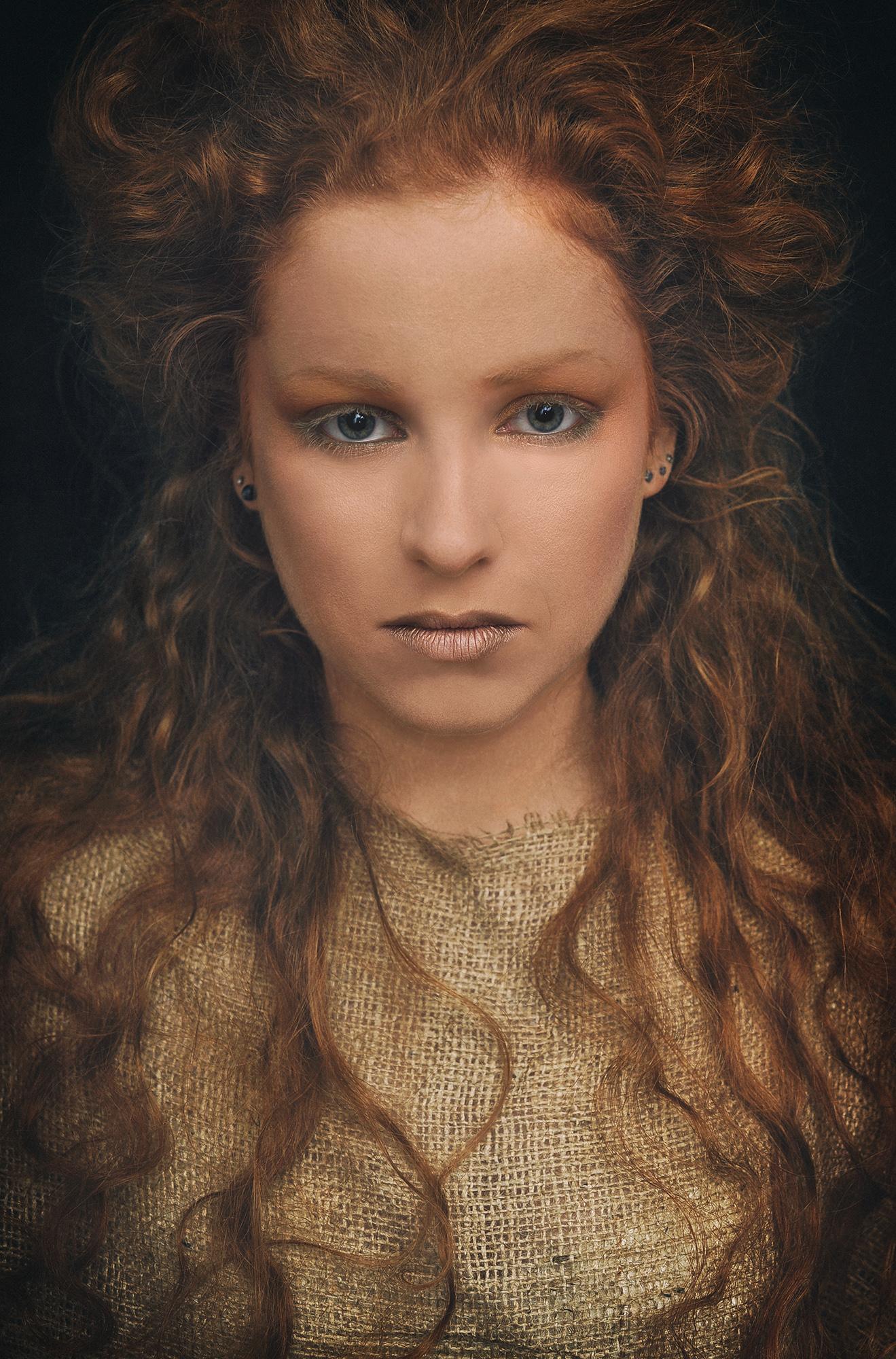 Lina_Ruskyt model portrait make up